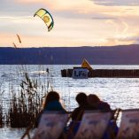 kitesurfing_at_spot