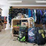 kitesurfing_at_shop